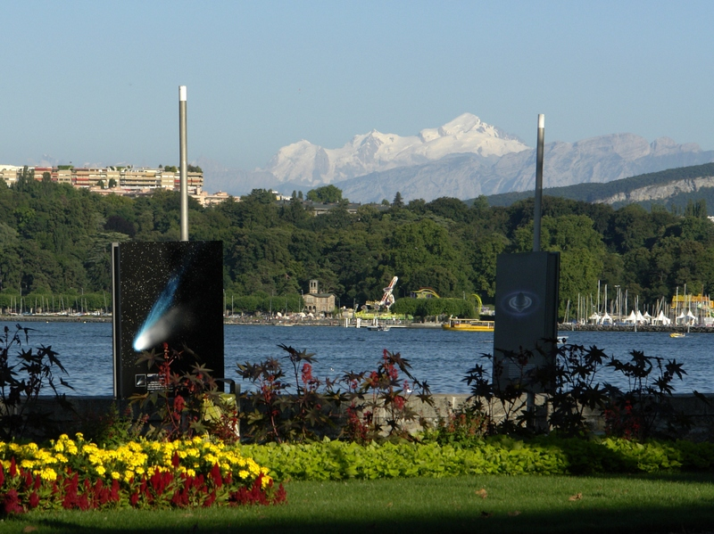 Mont-Blanc from Geneva © Yann (talk) - licence [CC BY-SA 3.0] from Wikimedia Commons