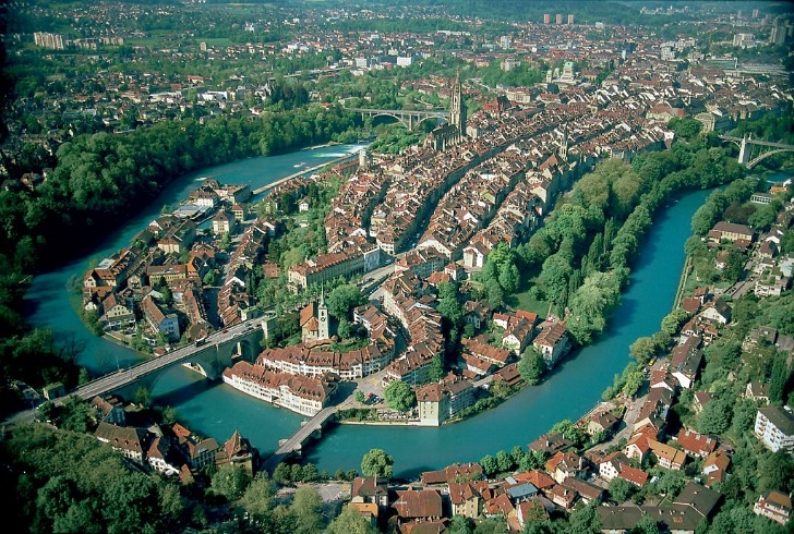 Berne en Suisse (by Reaast from Wikimedia Commons)