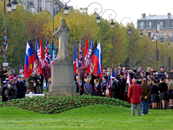 Cérémonie de l'Armistice à Maisons-Laffitte © French Moments