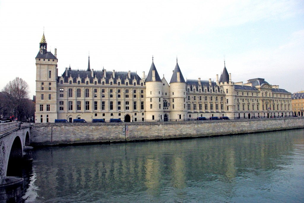 Conciergerie by the River Seine © French Moments
