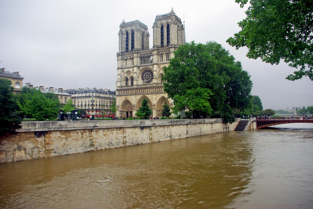 Notre-Dame facade Paris Floods June 2016 17 copyright French Moments