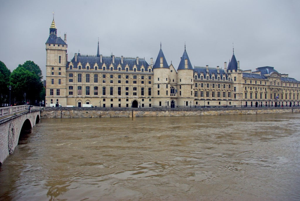 Conciergerie Paris Floods June 2016 1 copyright French Moments